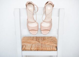 Sandaly na slupku